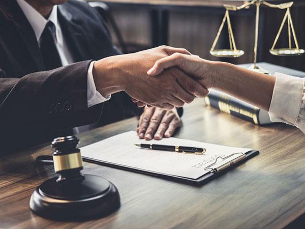 Civil Litigation Law Services Brisbane CBD Lawyers - Hawthorn Cuppaidge & Badgery 2020 - Home Tile